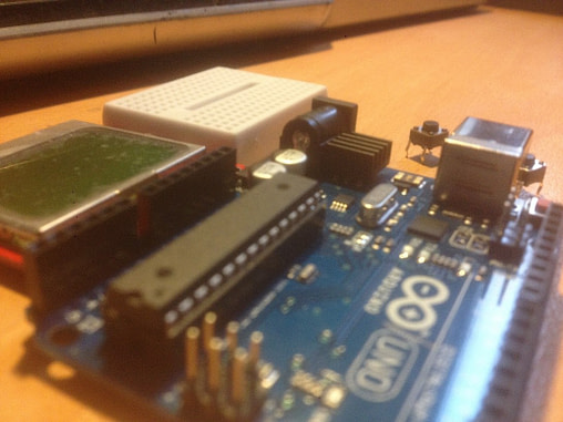 How to Drive and Build Project with Nokia 5110 LCD using Arduino